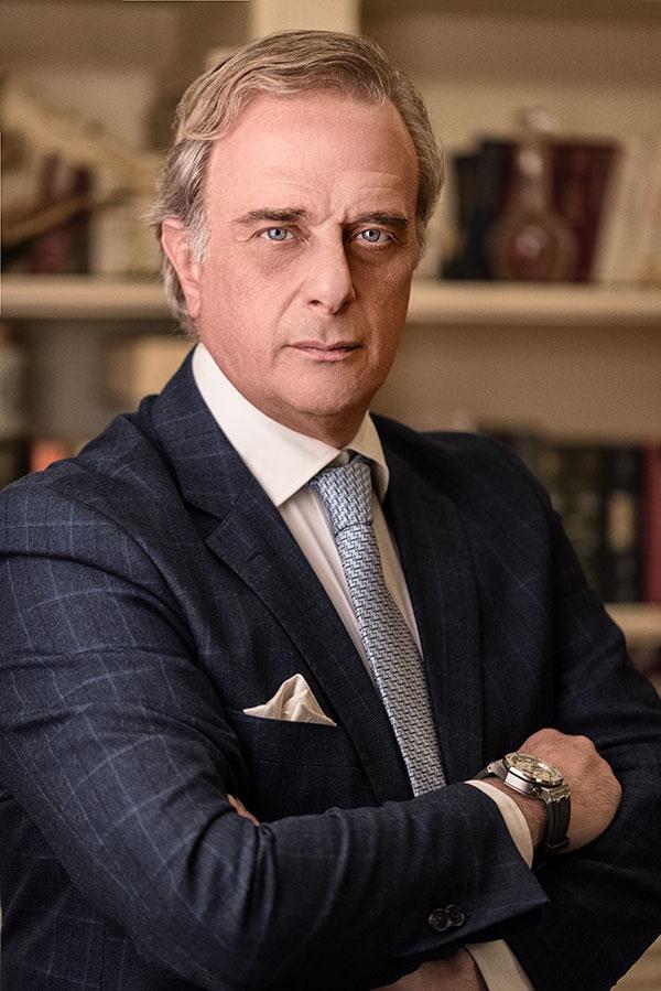 avv. cav. Luigi Parenti